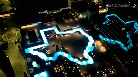 Backyard Pool With Lazy River New Houston Hotel Boasts World S Largest Texas Shaped