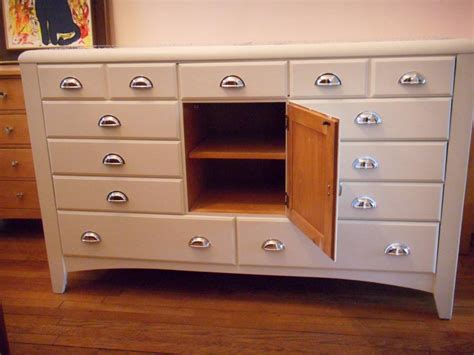 Dresser With Small Drawers On Top 11 Drawer 1 Cupboard Dresser Chest Of Drawers