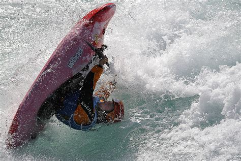 kayak surfing between two boats kayaks kitesurfing and cup qualifiers big shots