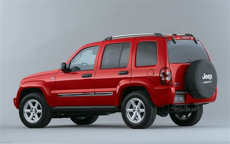 red jeep liberty 2005 2005 jeep liberty crd rear three quarter photo 2