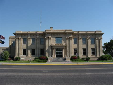 madison county court house file madison county courthouse idaho jpg wikimedia commons