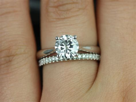 simple engagement rings 34 girlyard