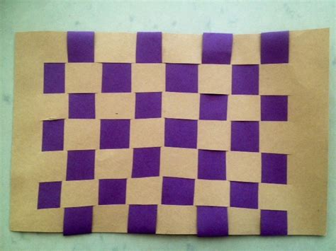 How To Make Mat With Paper - paper weaving woven mat craft teddy s picnic mat