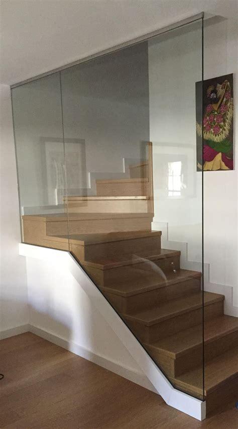 barandillas de cristal para escaleras interiores m 225 s de 25 ideas incre 237 bles sobre barandas de cristal en