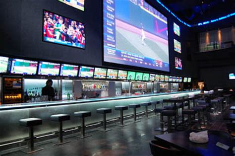 top sports bars in toronto the best sports bars in toronto for longtime or aspiring
