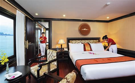 Starlight Cabins by Deluxe Cabin On Starlight Cruises Halong Best Review