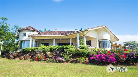 tuscan style home in boquete panama real estate