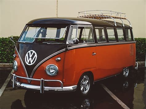 volkswagen hippie van volkswagen just re released everyone s favourite hippy van