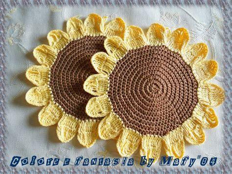 fiori fatti ai ferri oltre 25 fantastiche idee su fiori fatti all uncinetto su