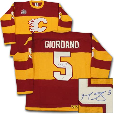 Giordano 160604 Authentic Id Authentic Id giordano autographed calgary flames heritage classic wool jersey nhl auctions