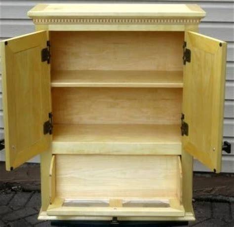 custom stand  wall cabinet  zanoni woodworks