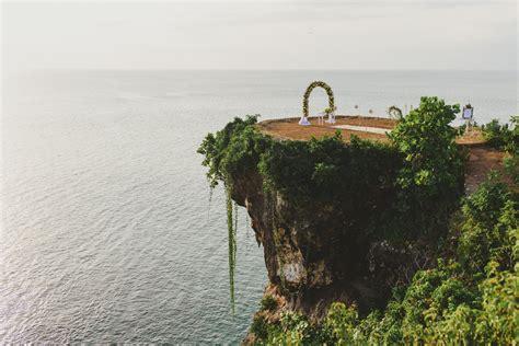 bali cliff wedding mckayleigh brady wedding  kadek