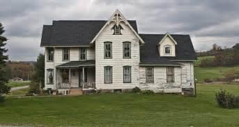 Farmhouse Com by Victorian Farmhouse Victorian Farmhouse Interiors