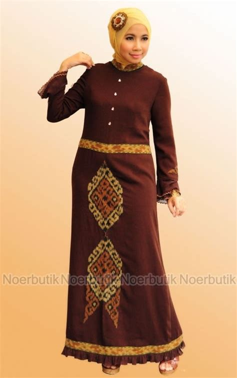 Gamis Pesta Eksklusif pusat busana muslim eksklusif order 0856 92459314