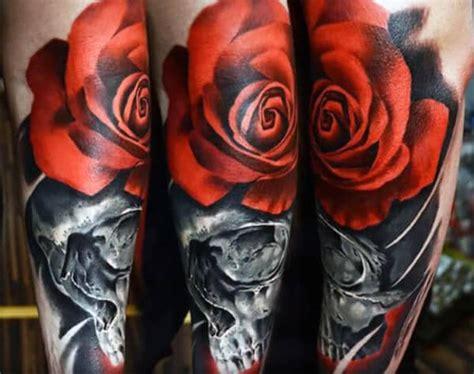 Klok 5 Mawar ide desain tinta mawar tato keren untuk pria