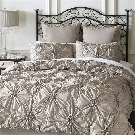 pier 1 bedding copy cat chic anthropologie rosette quilt