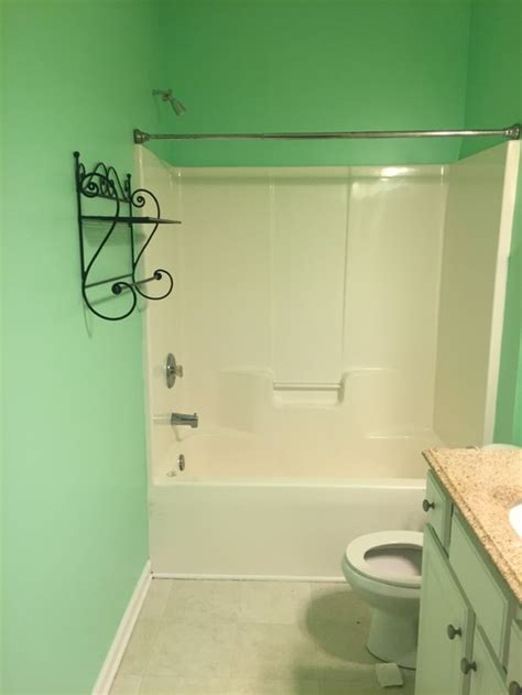 bright green bathroom how to decorate