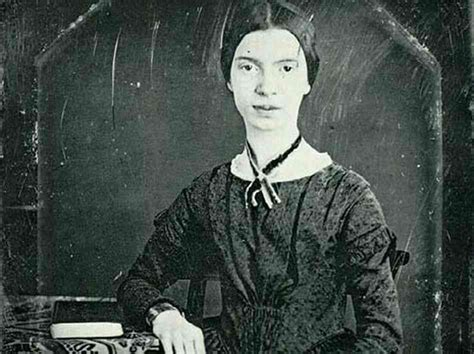 biography about emily dickinson gwendolyn brooks z 243 calo poets