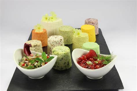 formaggio fresco fatto in casa formaggio fresco fatto in casa coulis agrodolce ai frutti