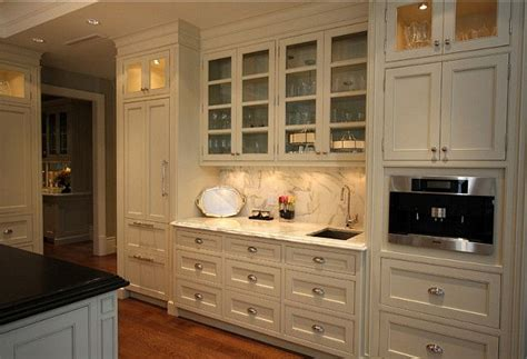 ivory white kitchen cabinets 1000 images about white and other light color paint on