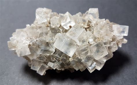 salt rock l halite rock salt llor 233 ns minerals minerals for