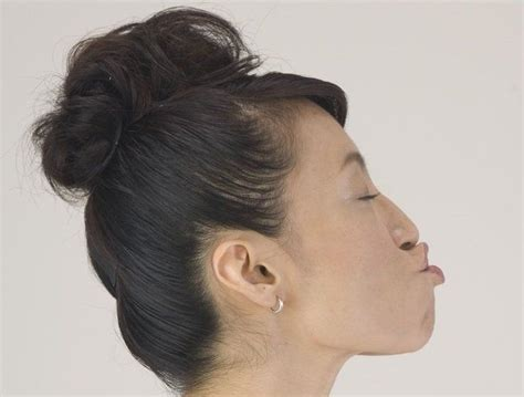 Senam Kecantikan Dan Anti Penuaan 7 gerakan senam wajah ini cocok dipraktikkan olehmu di