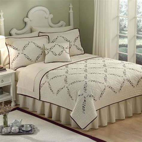 Sunham Quilt by Sunham Embroidered Lilac Valley King Quilt Ivory Purples New