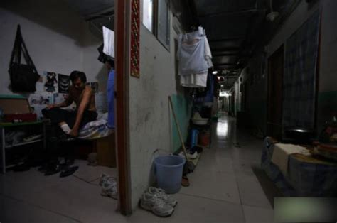 the tiny apartment design in xiamen china home 4us 北京地下室生活真实写照 图闻 东南网