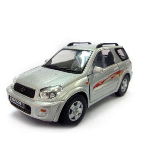 Kinsmart Toyota kinsmart toyota rav4 scale 1 32 buy kinsmart toyota rav4 scale 1 32 at low price snapdeal