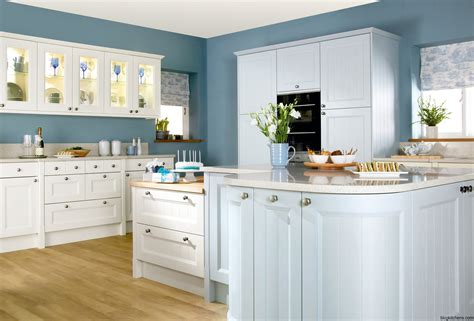 25 best ideas about navy kitchen cabinets on pinterest best 25 navy blue kitchens ideas on pinterest navy