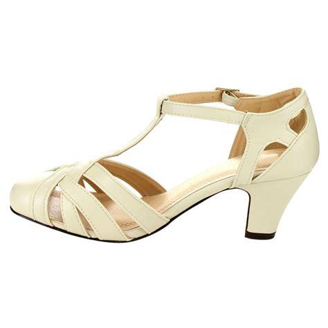 closed toe strappy sandals beston mina 9 s strappy closed toe t mid heel