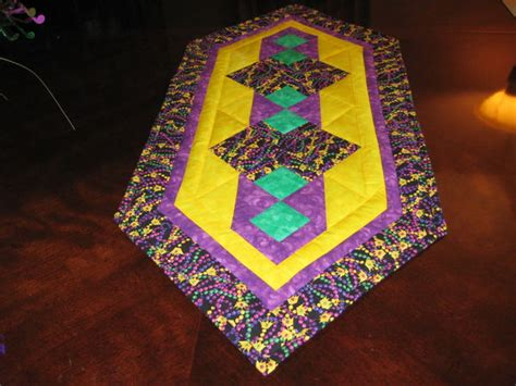 mardi gras table runner my mardi gras table runner just completed