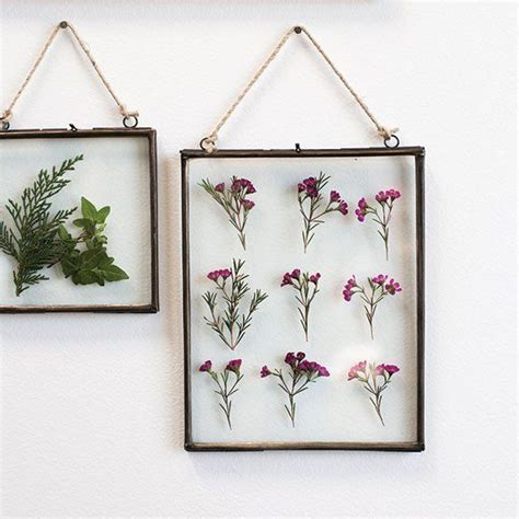 hanging glass wall decor 25 best ideas about decorate picture frames on