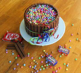 kit kuchen die besten 17 ideen zu kitkat smarties torte auf
