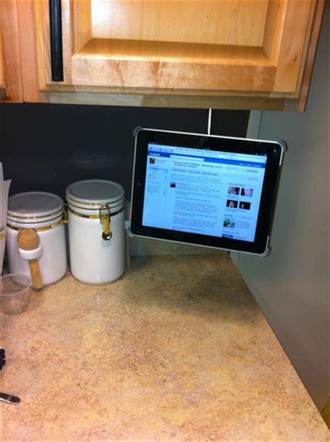 under cabinet ipad mount amazon com cabinet mount for original ipad black