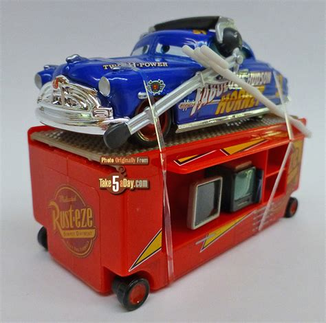 Mattel Disney Pixar Cars 3 Fabulours Doc Hudson mattel disney pixar cars fabulous hudson hornet with