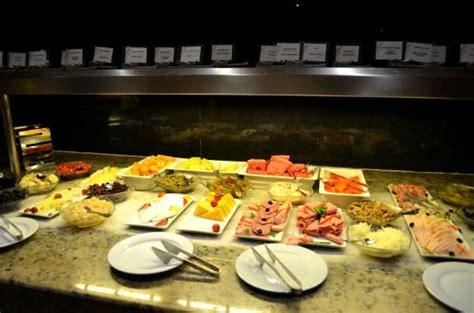 buffet picture of hard rock hotel cancun cancun