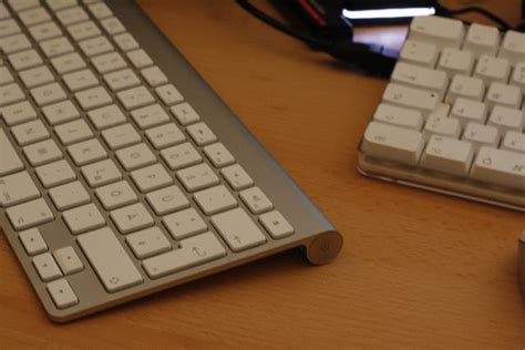 Mouse Dan Keyboard Apple magic mouse bug might cause apple bluetooth keyboards to bleed out power cult of mac