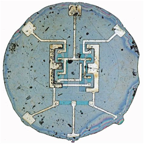the integrated circuit made the development of the possible in the 1970s 1960 planar integrated circuit is fabricated the silicon engine computer history museum