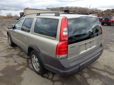 2003 volvo station wagon sell used 2003 volvo xc70 cross country awd station wagon