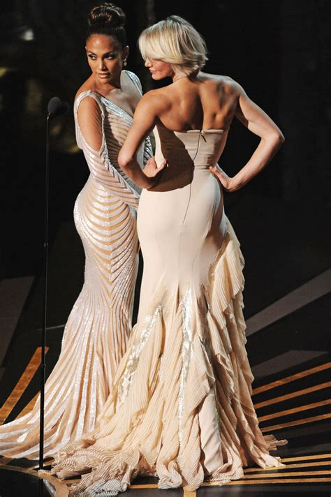 has wardrobe malfunction at oscars