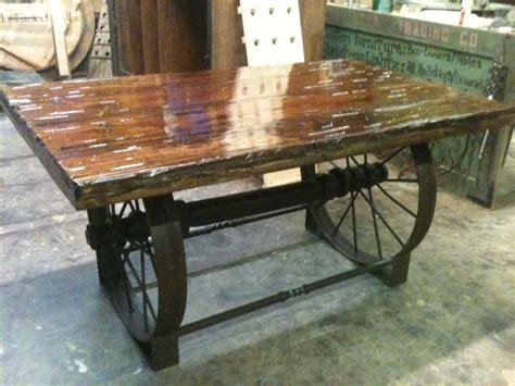 Wagon Wheel Table by 1000 Ideas About Wagon Wheel Table On Wagon