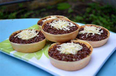 Cara Membuat Martabak Mini Pisang | resep cara membuat martabak mini spesial manis mangcook com