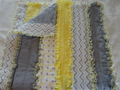Quilting Blankets by 25 Unique Rag Quilts Ideas On Flannel