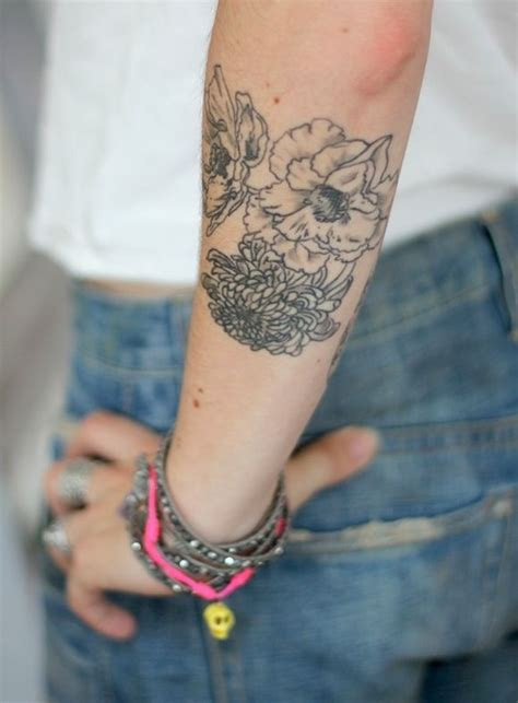 tattoo flower forearm flower tattoo arm tattoos pinterest flower arm