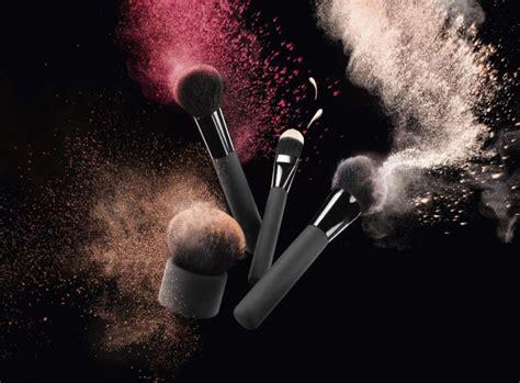 Makeup Brush HD Wallpapers 21075   Baltana