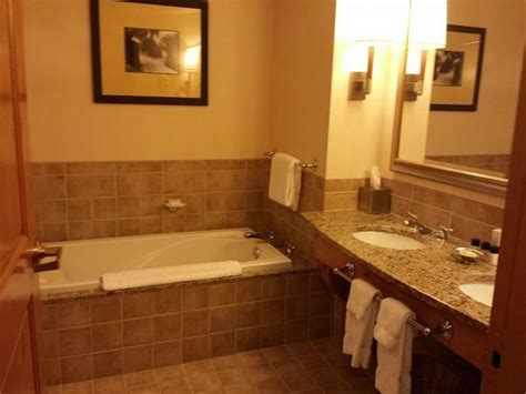 Oglebay Cabin Rentals by Modern And Luxious Bathroom In King Premium Suit