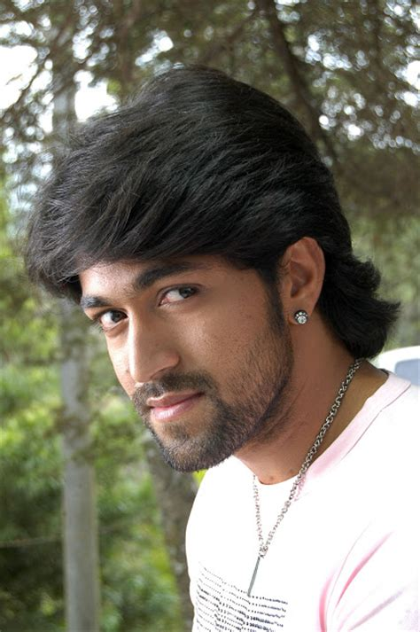 Kannada actor Yash Photos,Profile, Movies list, Up coming ...