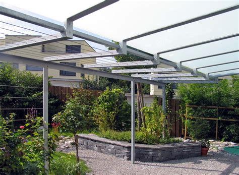 freistehende pergola mit glasdach metall werk z 252 rich ag pergola mit rankger 252 st und glasdach