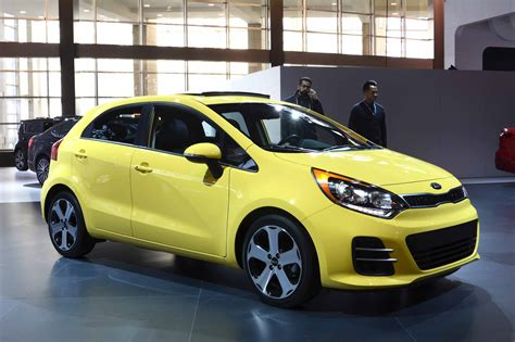 2015 Kia Hatchback by 2015 Kia Ii Hatchback Pictures Information And